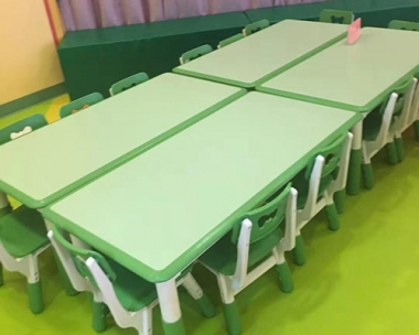 锦州课桌椅厂家