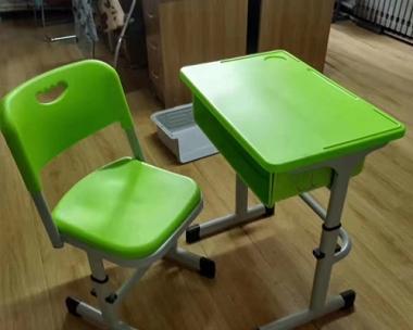 旅顺课桌椅