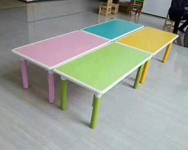 营口课桌椅